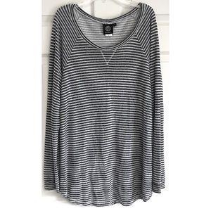 Bobeau Gray Striped Long Sleeve Top 2X Plus size